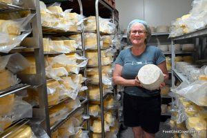 Debra Allard – Cheesemaker, Cheeses Loves You
